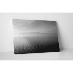 Peisaj marin alb-negru
