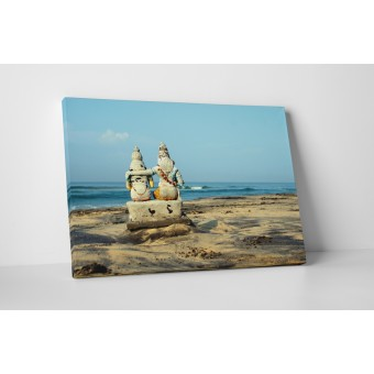 Statuie in nisip