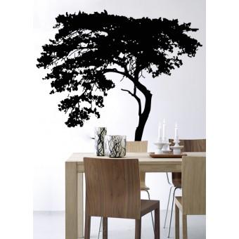Copacul aplecat