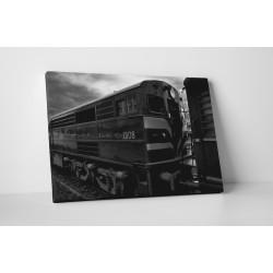 Locomotiva in alb-negru