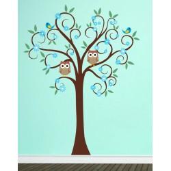 Copacul colorat cu bufnite